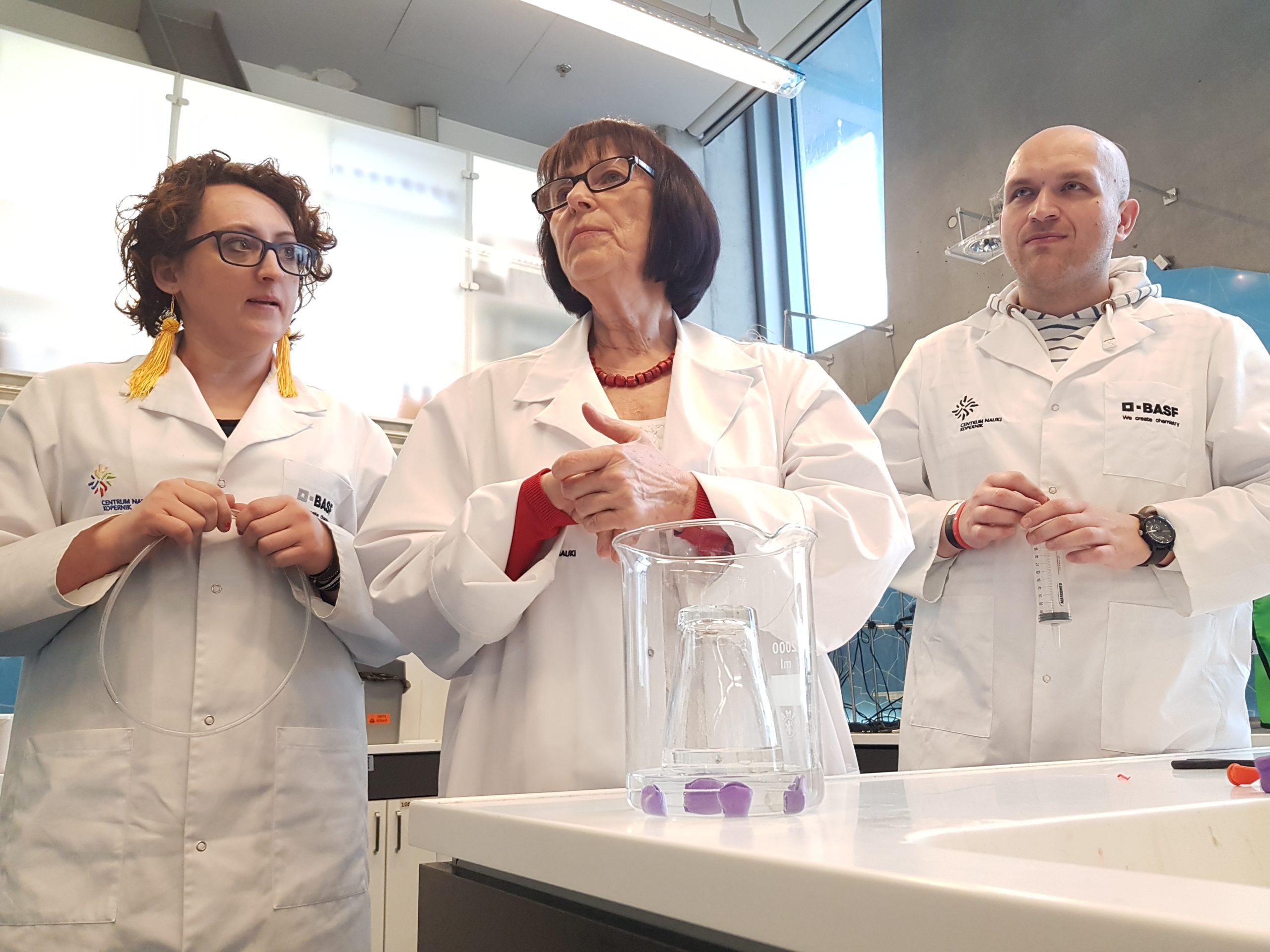 Eksperymenty w centrum nauki kopernik