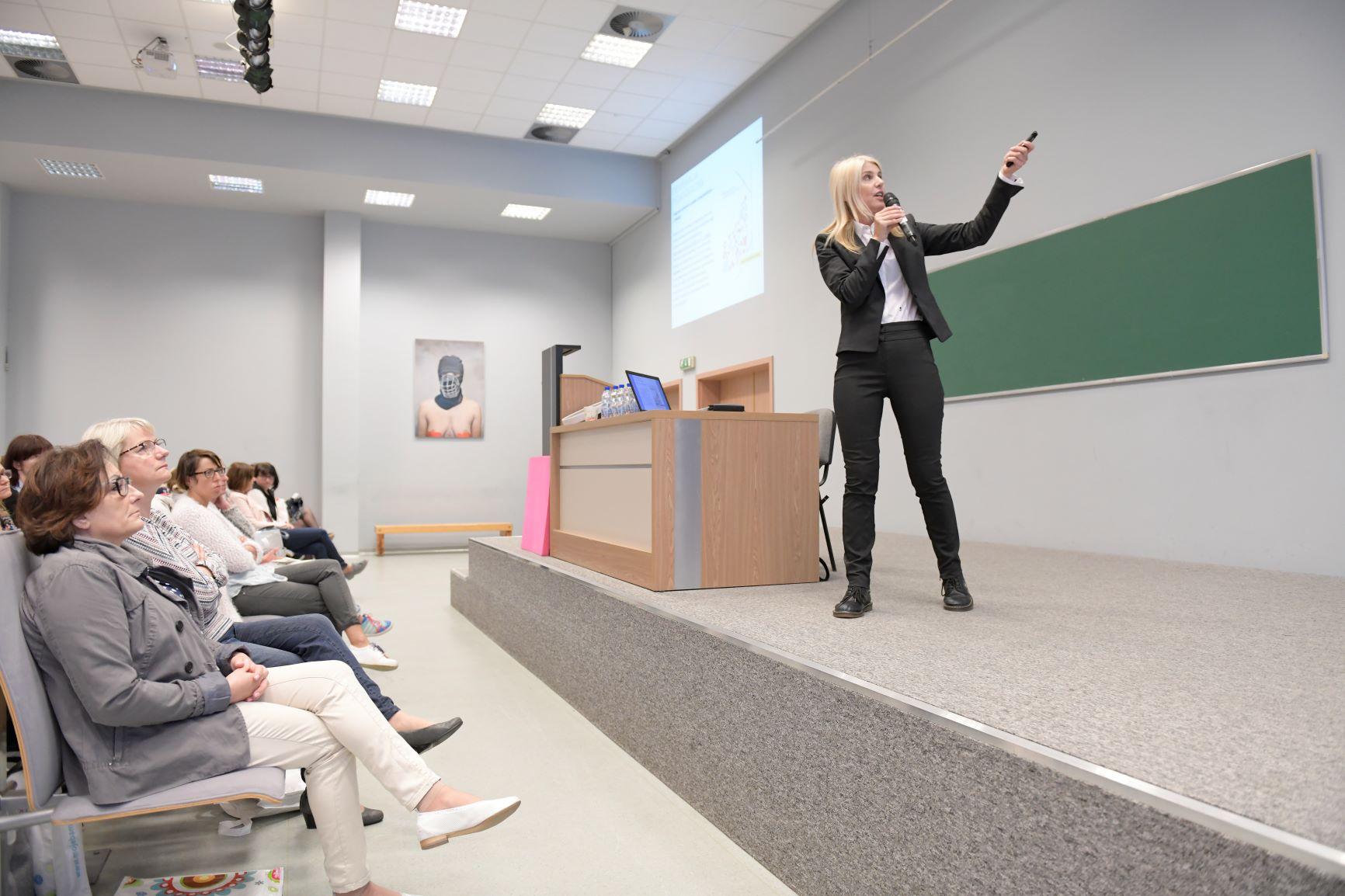 Konferencje edukacyjne, autorskie wykłądy